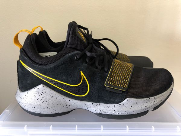 finest selection a4aa7 79c0d Nike PG1 Paul George Basketball Shoes 878627-006 Black/Gray/University Gold  Sz 11 for Sale in Pompano Beach, FL - OfferUp