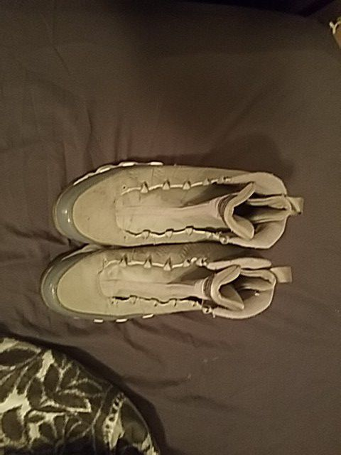 9s Two Pair Of Laces Size 12 Clothing Shoes In Virginia Beach Va Offerup