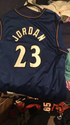 cheap for discount 295b7 553a3 Michael Jordan wizards jersey size XL for Sale in Madisonville, TN - OfferUp