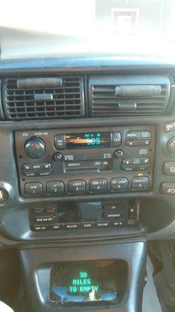 1996 Ford Explorer Thumbnail