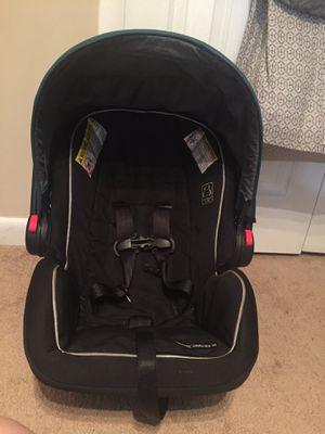 Graco snugride car seat for Sale in Falls Church, VA