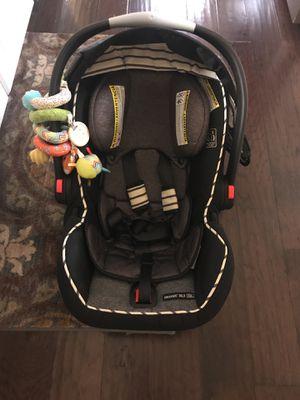 Graco Click Connect Infant Car Seat for Sale in Glen Mills, PA