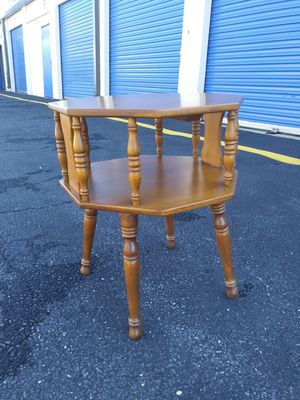 Vintage Small Table for Sale in Fort Washington, MD