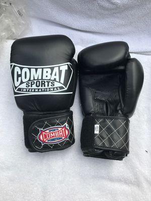 Black 12oz Combat sports pro boxing gloves for Sale in Montebello, CA