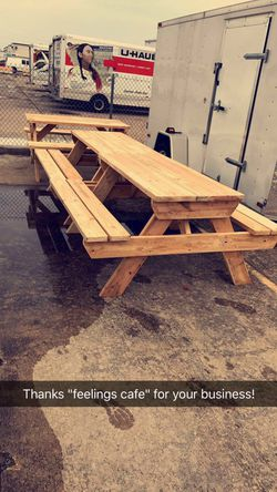 Picnic tables and outdoor furniture Thumbnail