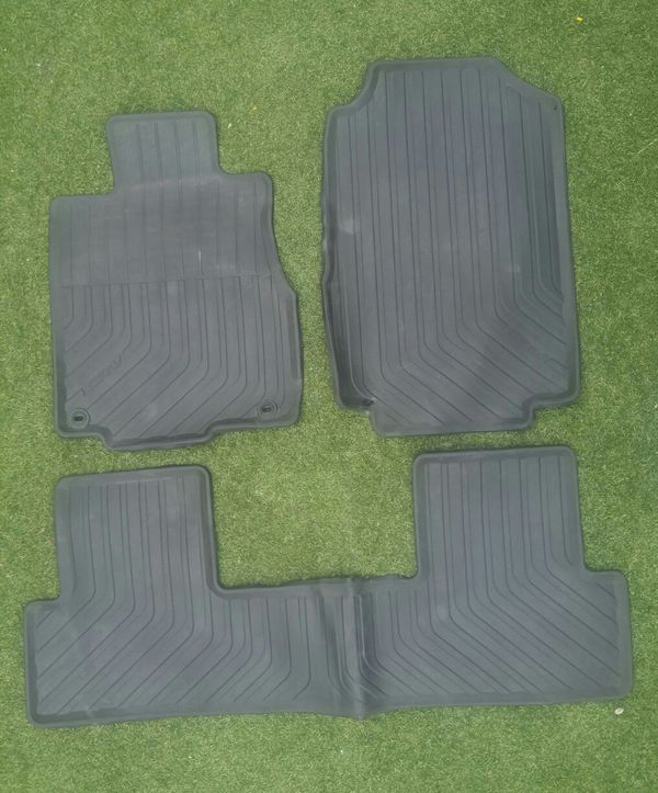 2017 2016 Honda Cr V All Weather Floor Mats For In Los Angeles Ca Offerup