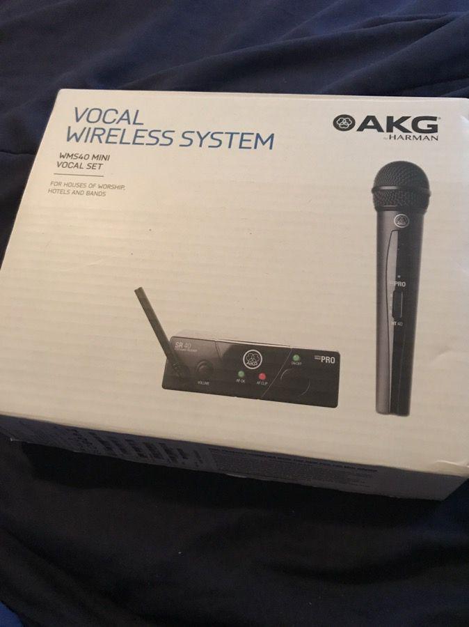 AKG Mini Wireless
