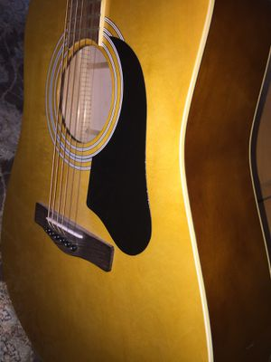 Acoustic guitar ....... for Sale in Kissimmee, FL