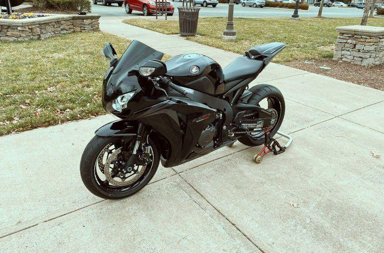 Photo 2008 Honda CBR perfect for new riders