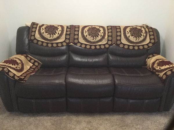 Surprising New And Used Leather Sofas For Sale In Providence Ri Offerup Creativecarmelina Interior Chair Design Creativecarmelinacom