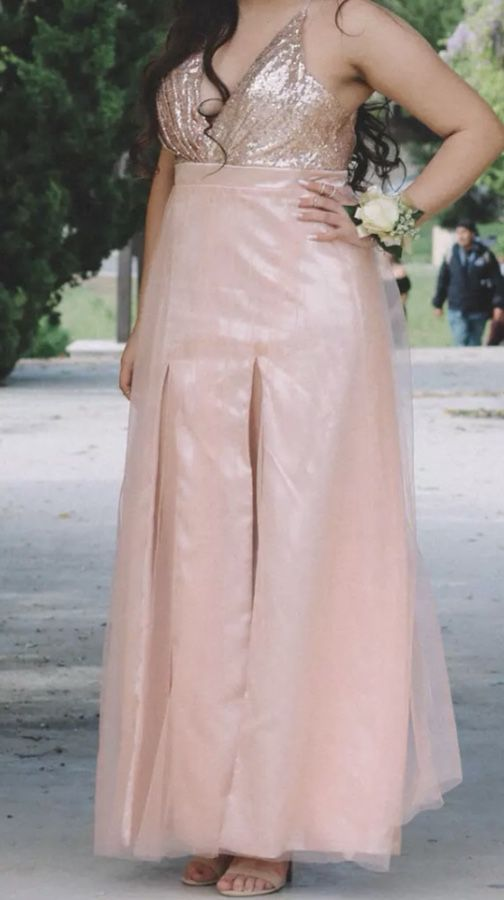 Rose Gold prom dress for Sale in San Jose, CA - OfferUp