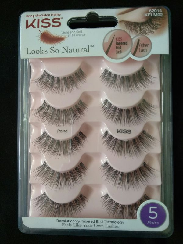07682c31597 KISS LOOKS SO NATURAL EYELASHES 62014 for Sale in Los Angeles, CA ...