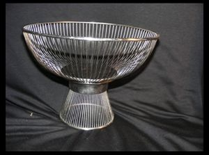 Vintage MCM Wire Footed Bowl Mid Century Modern Stainless Steel for Sale in Miami, FL