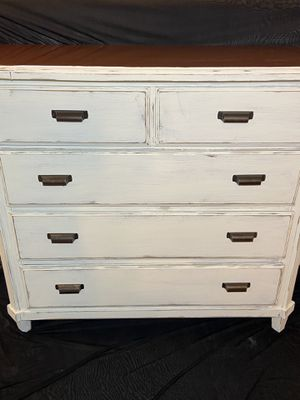 Photo Beautiful Farmhouse Distressed Real Wood 3-Drawer 1-Cabinet Dresser / Chest Of Drawers Real Wood