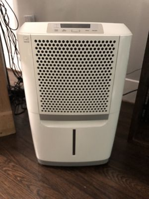 Dehumidifier Frigidaire energy star approved 70 gallons flawless condition for Sale in Houston, TX