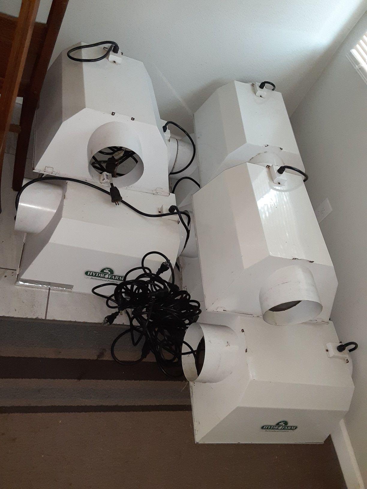 8 hydrofarm grow lights with ballast and bulbs