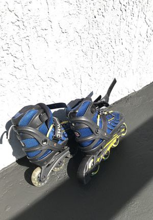 Roller blades for kids size 1 to 4 for Sale in Miami, FL