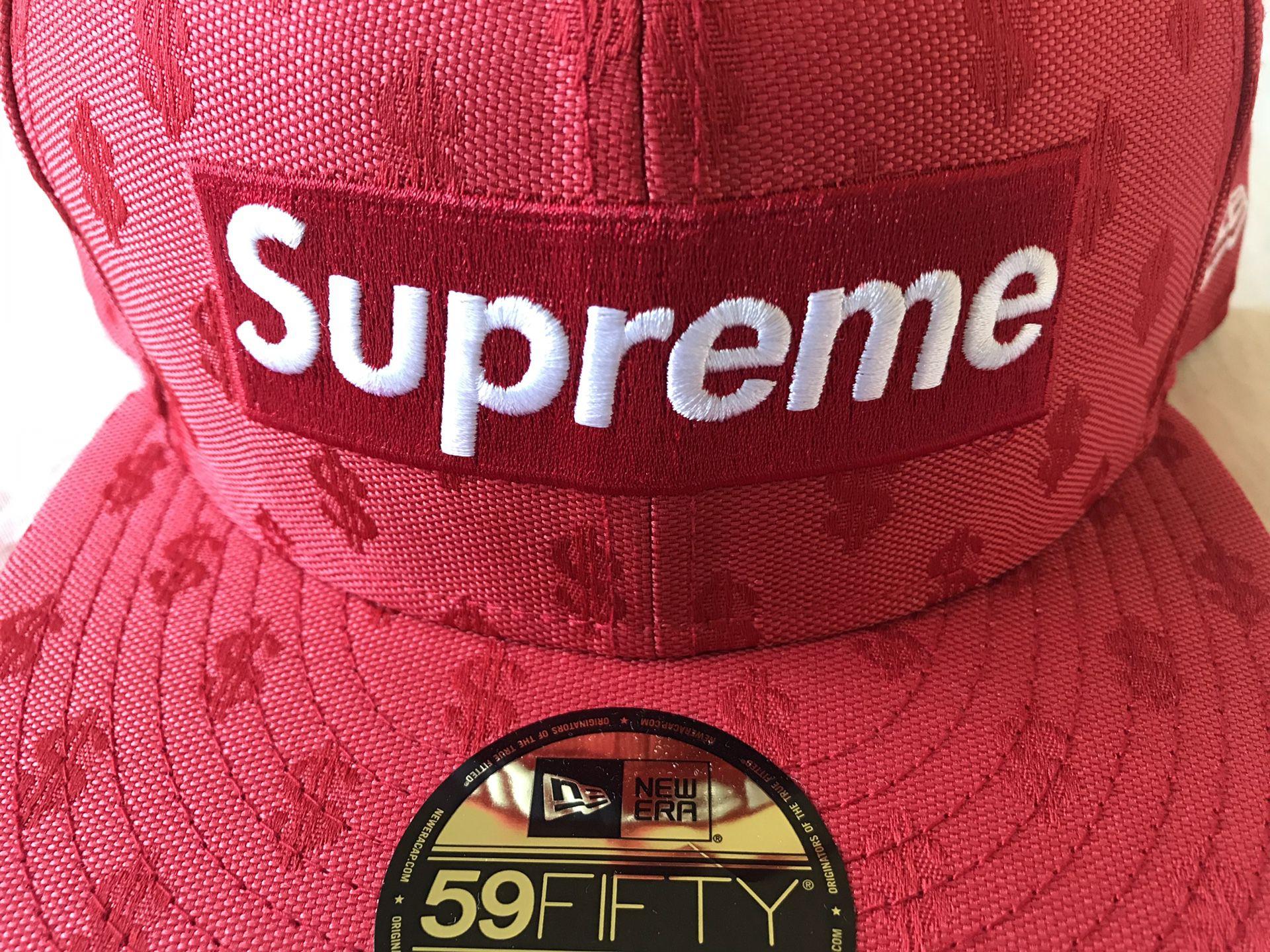 Supreme x New Era Monogram Box Logo size 7 3/4 brand new