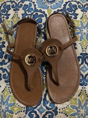 Authentic Michael KORS Sandals Size 8 for Sale in Manassas, VA