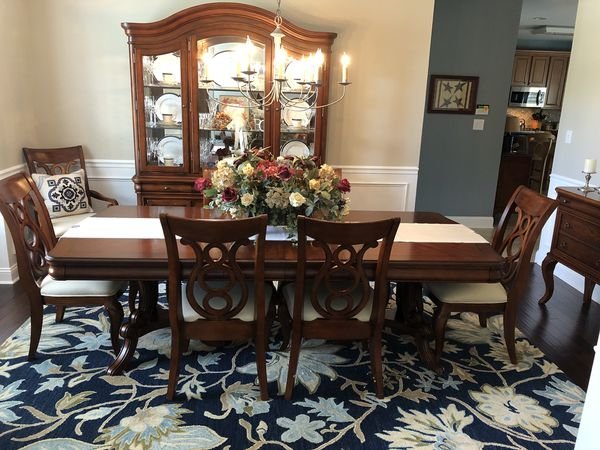 Complete Dining Room Set (Furniture) in Medford, NJ - OfferUp