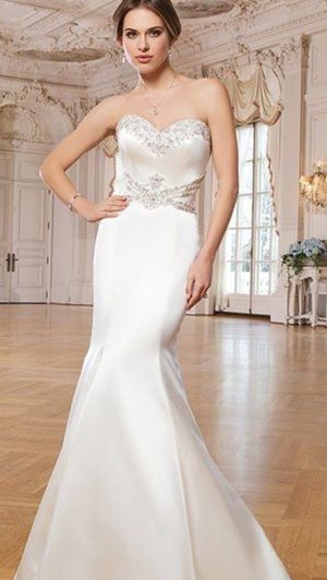 Ivory Wedding Dress for Sale in Chicago, IL