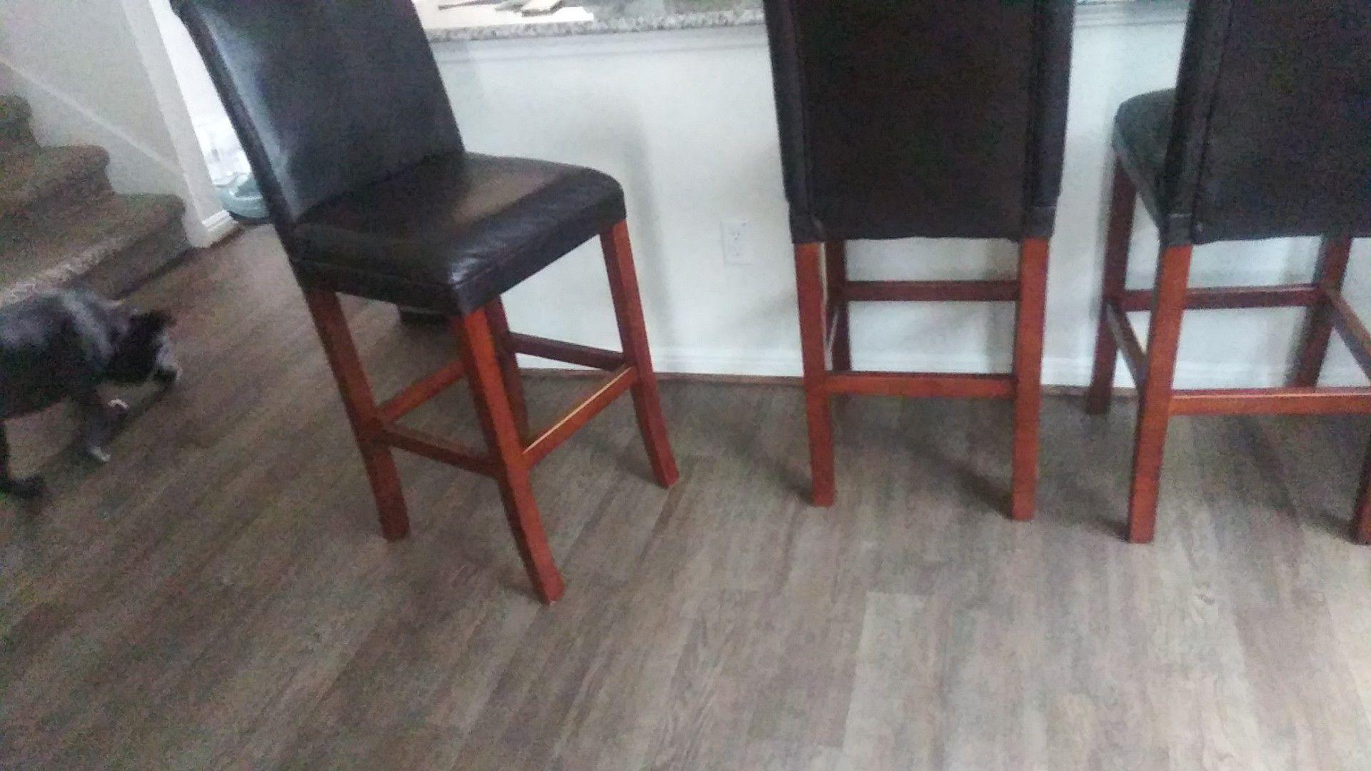Set of 4 bar stools