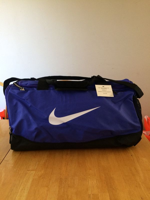 46e79324fc24 Brand new Nike team training max air duffel bag medium gym (Sports    Outdoors) in La Mesa