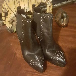 Michael Kors ankle boots 9 1/2 for Sale in Glen Burnie, MD