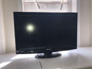 Panasonic TV 32in for Sale in Boston, MA