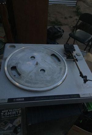 Yamaha turntable P-05 for Sale in Litchfield Park, AZ