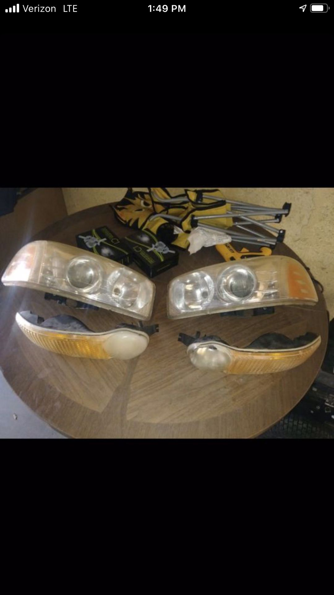 GMC Denali oem headlight with projector and corner lights