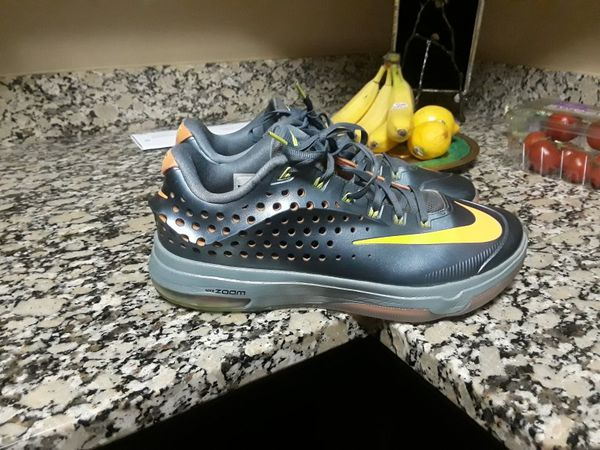 reputable site 46c49 8d0e9 Nike Kevin Durant 7 Elite men size 10.5 for Sale in Indianapolis, IN -  OfferUp
