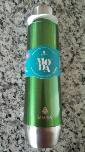 NEW 18-oz. Double Wall Vacuum Insulated Bottle for Sale in Rockville, MD