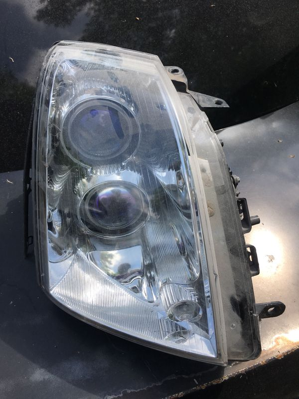 2005 2009 Cadillac Sts Headlight