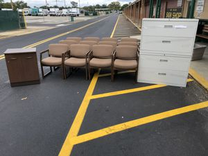 New and Used Office furniture for Sale in Philadelphia, PA