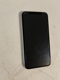 Apple iPhone XR 64 GB T-mobile By metro pc color white. Work very well. Perfect condition. Thumbnail