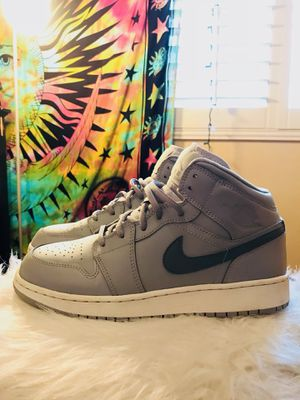 6c1401e6c4246d Nike Air Jordan 1 Retro Mid Wolf Grey Cool Grey for Sale in Norwalk
