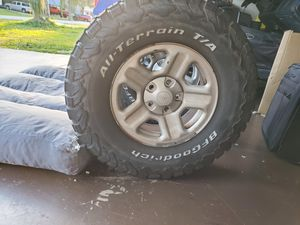 Photo Bfgoodrich tires with jeep wheels