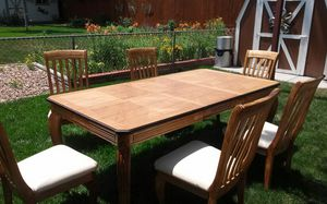 Beautiful Dinning table for Sale in Aurora, CO
