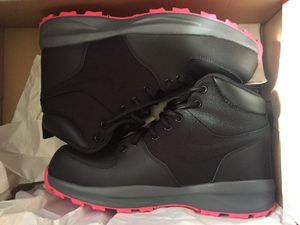 Nike boots for Sale in Lorain, OH