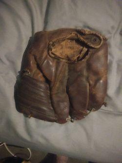 Old glove Thumbnail