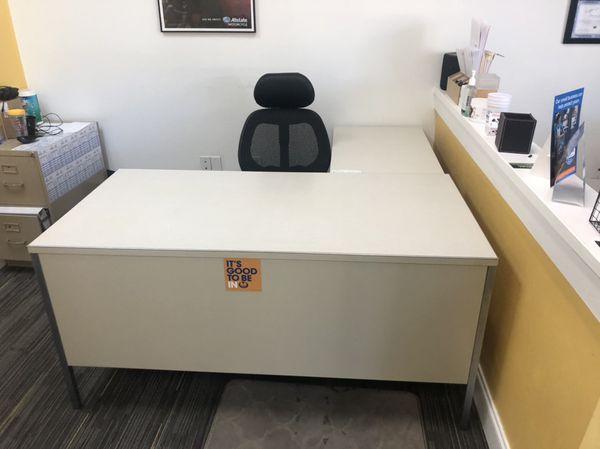 Super Office Desks And Furniture For Cheap For Sale In Tampa Fl Offerup Interior Design Ideas Gentotryabchikinfo