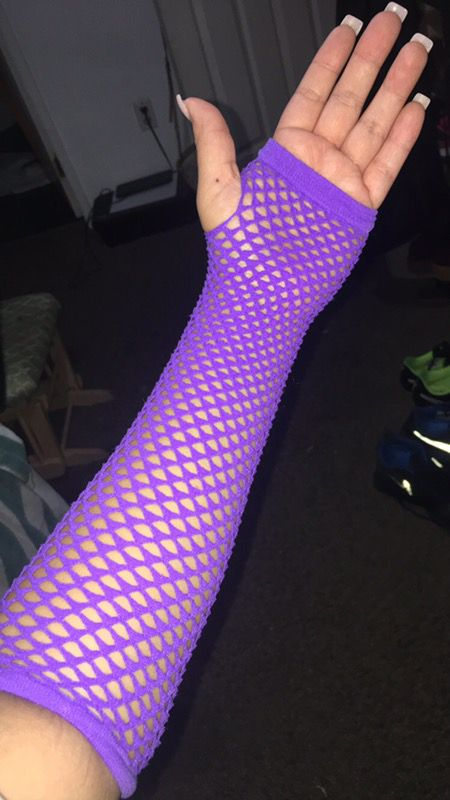 Fishnet hand warmers
