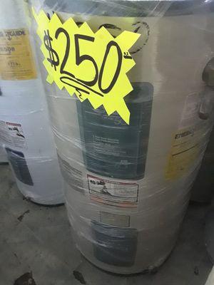 Water heater eléctrico 1 año de garantía for Sale in Vernon, CA