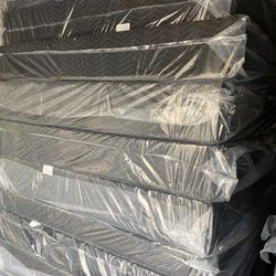 WE HAVE ALL SIZES MATTRESS AND BOX SPRING BRAND NEW Thumbnail