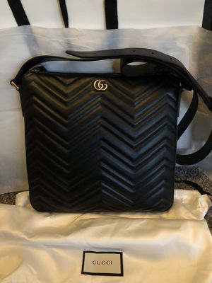 b04487d8d4a Gucci Marmont Messenger for Sale in San Jose