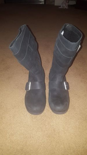 3edb7f78206 New and Used Ugg boots for Sale in Enumclaw, WA - OfferUp