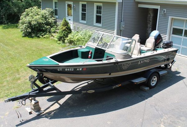 2000 1900 lund pro v i.f.s.(integrated fishing system) plus equipment