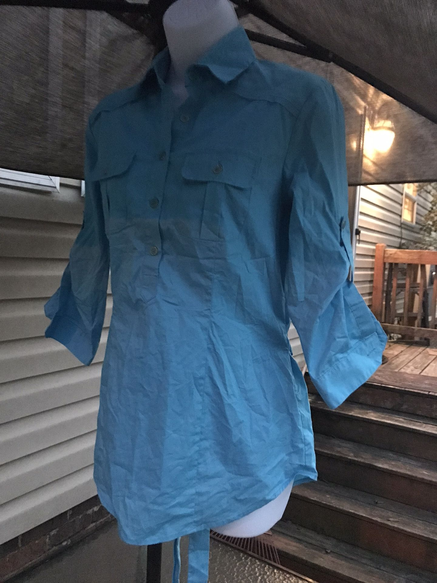 Women Top Size Small Excellent