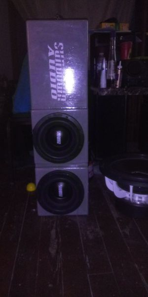Photo Sundown audio two 8inch sa8rev3s in custom box